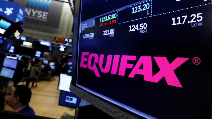 Robo de datos a Equifax: Una investigación halla varios millones más de clientes afectados