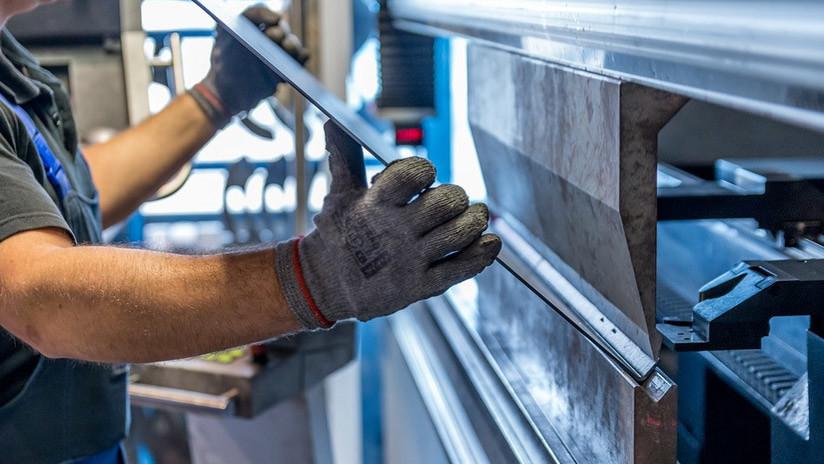 Canadá amenaza con medidas si EE.UU. aplica aranceles a las importaciones de acero y el aluminio