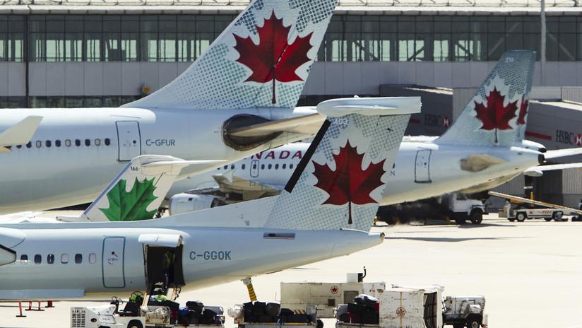 FOTO: Teléfono se incendia a bordo de un avión dejando un herido en Canadá
