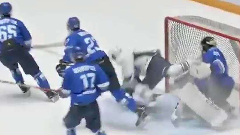 VIDEO: Con un patín cortan la garganta a un jugador de hockey en pleno partido