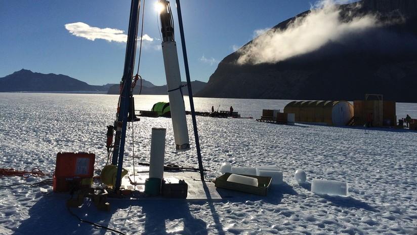 VIDEO: Así de irreal es el sonido que produce el hielo en un profundo pozo glacial
