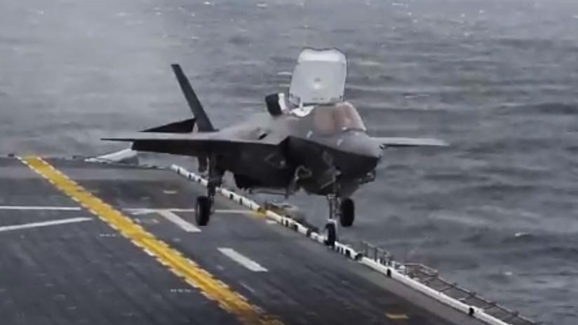 VIDEO: EE.UU. despliega por primera vez buque de asalto anfibio con cazas F-35B en el Indo-Pacífico