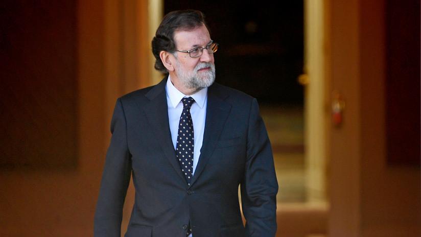 """""""¡Fuera, fuera!"""": Mariano Rajoy abucheado por un grupo de pensionistas (VIDEO)"""