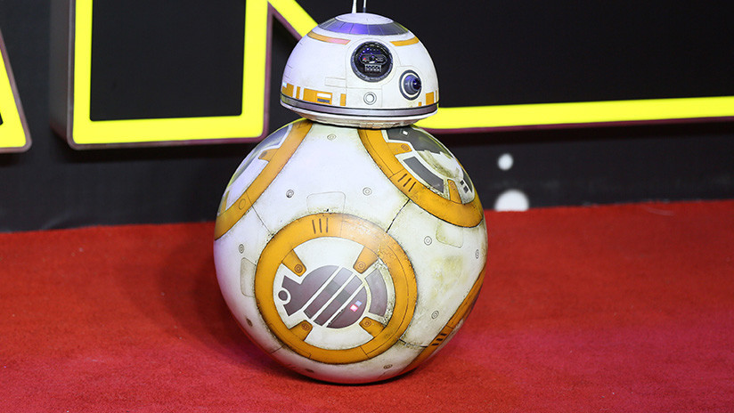 El actor Oscar Isaac insinúa que el robot BB-8 habla yidis y la comunidad judía se siente insultada