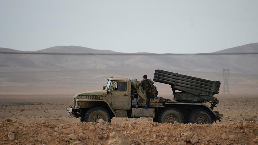 """Siria: Militantes atacan con """"precisión mortal"""" una base aérea clave cerca de Damasco"""
