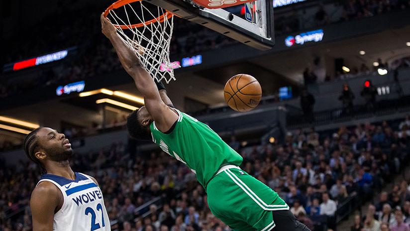 VIDEO: La escalofriante caída de este jugador de la NBA enmudeció a toda la grada