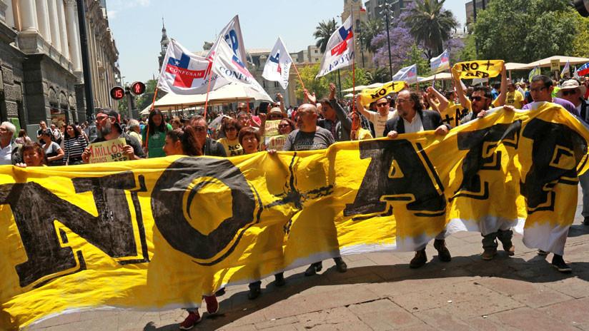 'Marcha de los bastones' en Chile: La primera protesta contra el gobierno de Sebastián Piñera