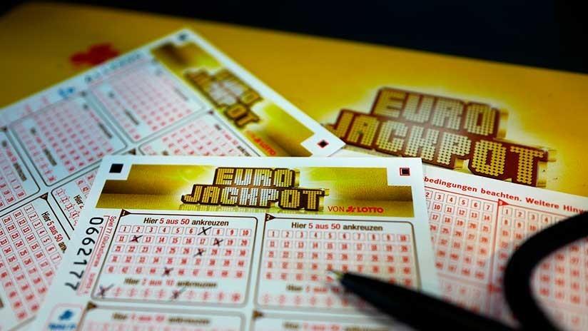 Sigue el consejo de su madre y gana 100.000 dólares en la lotería