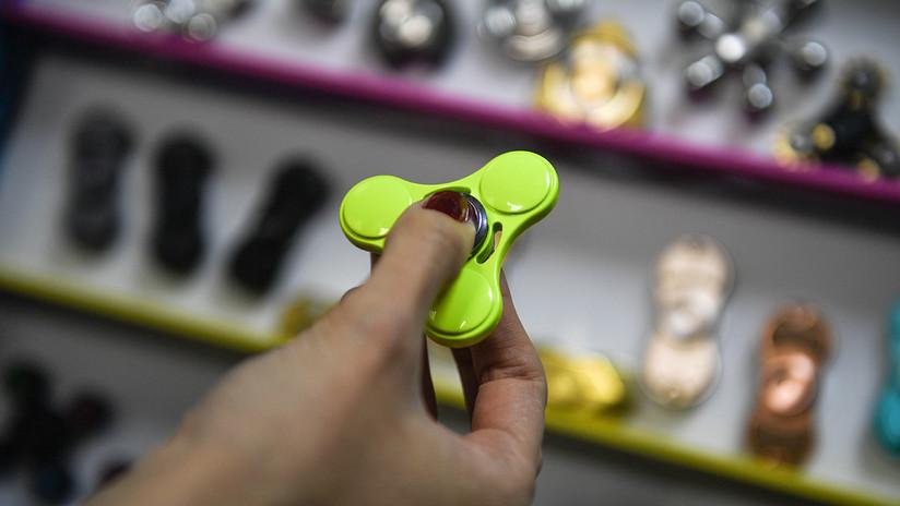 La UE incluye a los populares juguetes 'spinners' en la lista negra de productos peligrosos