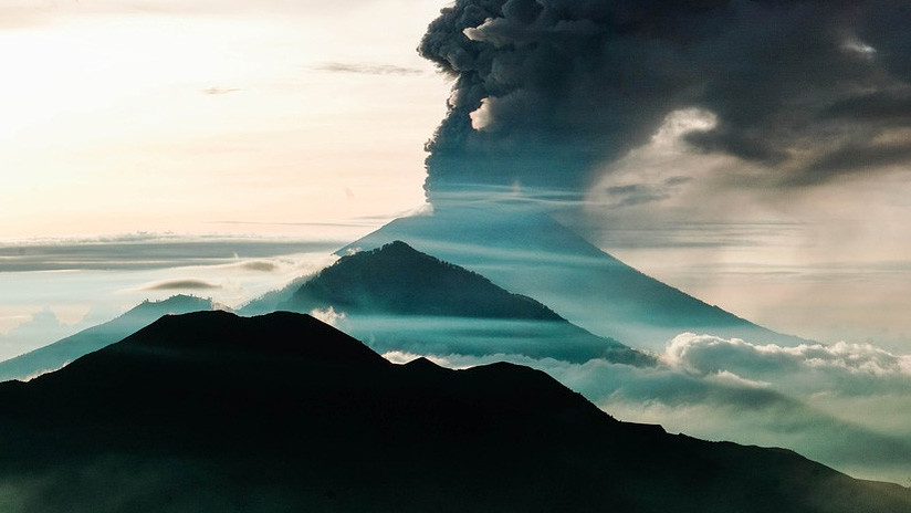 Captan por primera vez el sonido de un trueno volcánico (AUDIO)