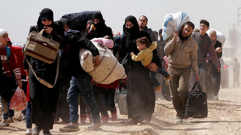VIDEO: Decenas de miles de civiles abandonan Guta Oriental