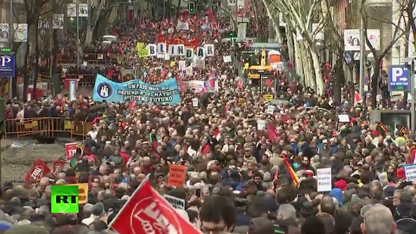 VIDEO: Multitudinarias protestas en España en defensa de las pensiones