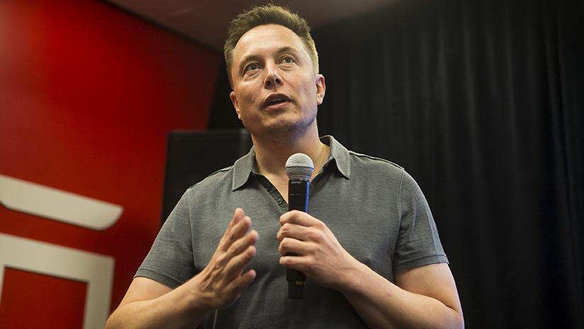 """Elon Musk: """"La inteligencia artificial es mucho más peligrosa que las ojivas nucleares"""""""