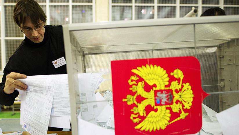 Anuncian los resultados a pie de urna de las elecciones en Rusia