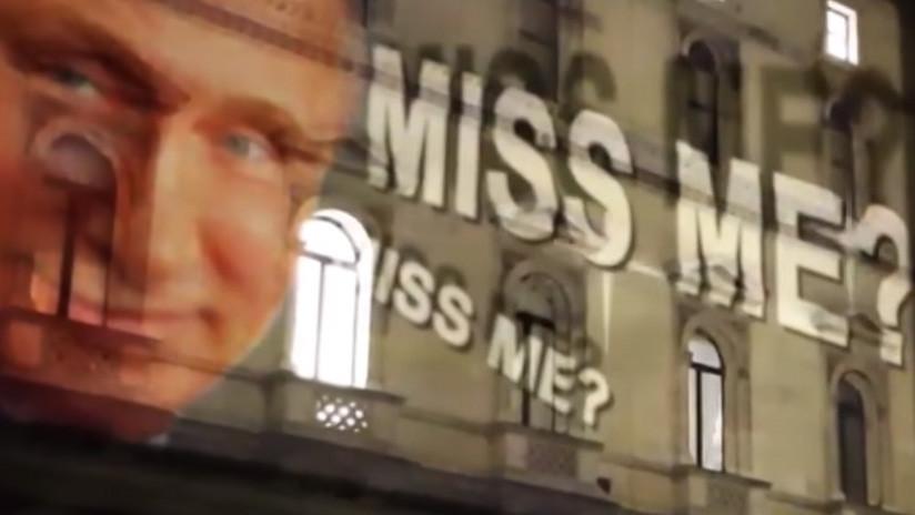 """""""¿Me echan de menos?"""" Un 'Putin sonriente' aparece en la sede de la Cancillería británica (VIDEO)"""