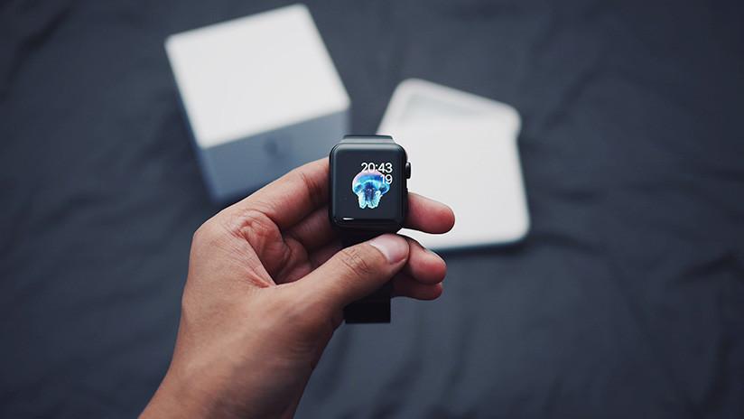"""""""Yo no fui: ha sido Apple Watch"""": Un estadounidense llama por accidente a la Policía mientras dormía"""