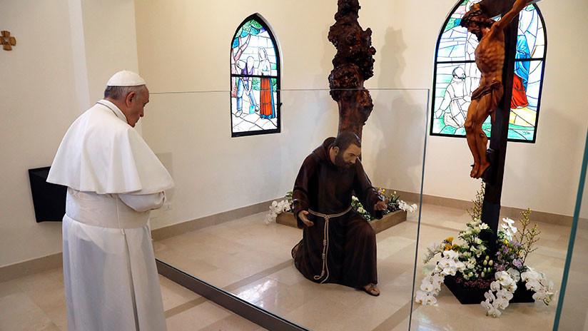 """""""Crimen contra la humanidad"""": El papa pide perdón por los católicos que pagan a prostitutas"""