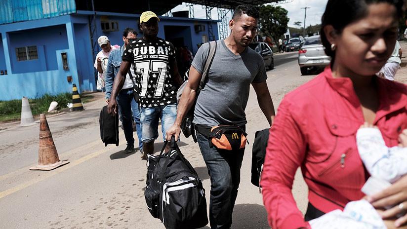 Brasileños atacan y expulsan a inmigrantes venezolanos