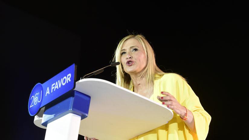La presidenta de la Comunidad de Madrid, acusada de falsificar notas para obtener un máster
