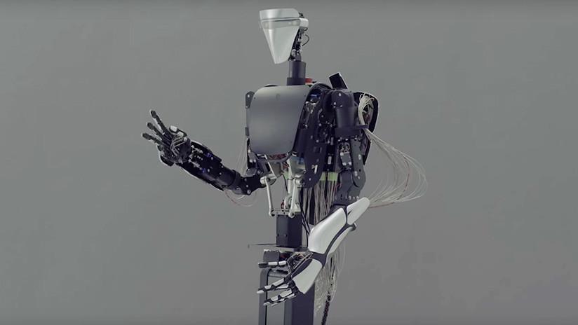 Inventan en Japón un 'robot-avatar' (VIDEO)