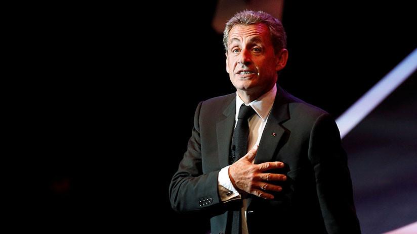 Nicolas Sarkozy niega las acusaciones sobre financiamiento de su campaña electoral por Gaddafi