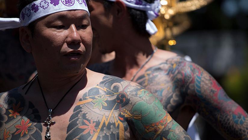 Una policía japonesa pierde su trabajo por enamorarse de un yakuza