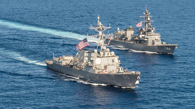 Un destructor de EE.UU. desafía a China al pasar cerca de una isla reclamada por Pekín