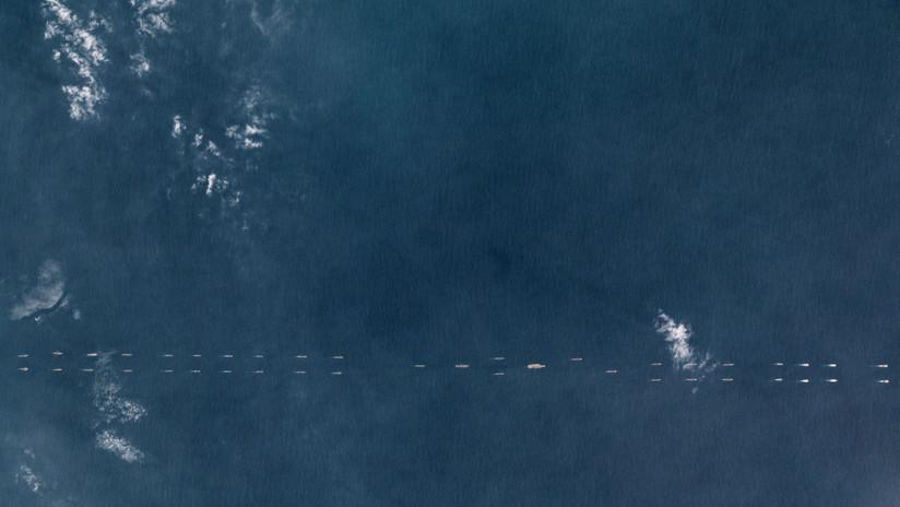 Imágenes de satélite revelan una gran demostración de fuerza de la Armada china