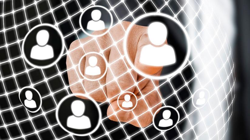 La Unión Europea podría lanzar su propia red social tras el escándalo de filtraciones de Facebook
