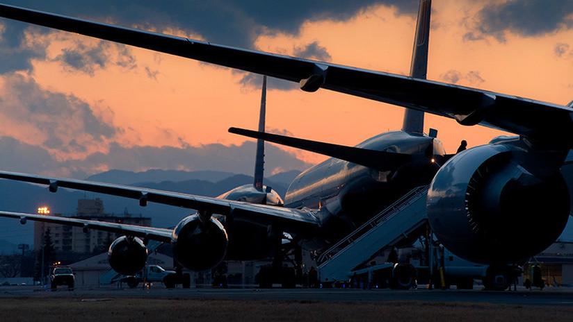 VIDEO: Dos aviones con pasajeros a bordo chocan en un aeropuerto de Israel