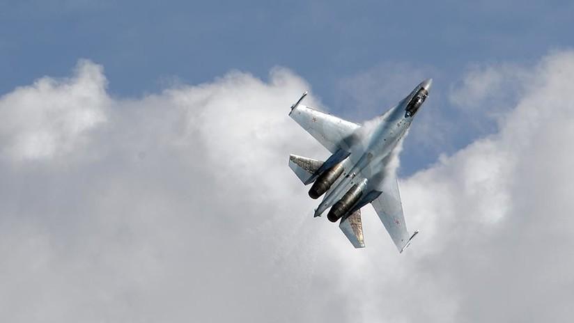 VIDEO: Simulación de combate de un caza ruso Su-27 visto desde la cabina del piloto