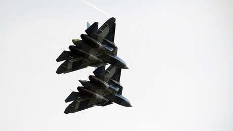 Aviones de combate de quinta generación Sukhoi PAK FA T-50 (Su-57).