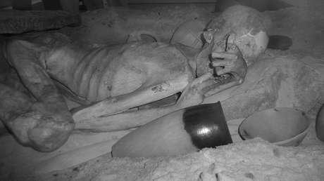 """Una imagen infrarroja de la momia masculina conocida como """"Gebelein Man"""" se puede ver en esta fotografía publicada por el Museo Británico en Londres, Gran Bretaña, el 1 de marzo de 2018."""
