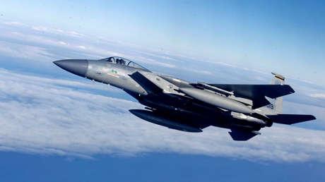 Caza F-15 de la Fuerza Aérea de EE. UU., durante un ejercicio militar en Siauliai el 1 de abril de 2014.