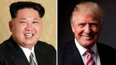 A la izquierda, folleto difundido el 10 de mayo de 2016 por la Agencia Central de Noticias de Corea con una foto de Kim Jong-un. A la derecha, Donald Trump posando para una foto en la ciudad de Nueva York, EE.UU., el 17 de mayo de 2016.