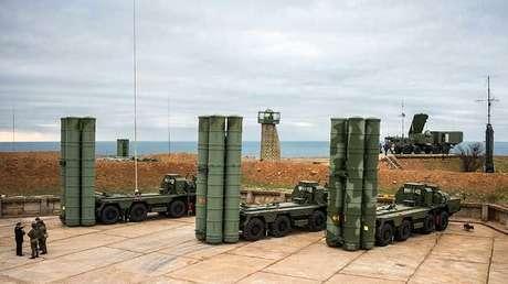 Sistema de misiles antiaéreos ruso S-400 Triumf.