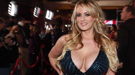 La actriz porno Stephanie Clifford, también conocida como Stormy Daniels, Nueva York, EE.UU., el 23 de febrero de 2018.