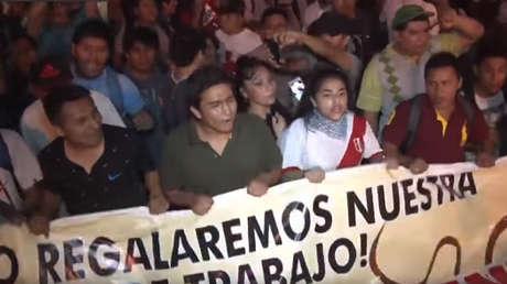 Marcha estudiantil contra la Ley 1215 o ley de esclavitud juvenil, Lima, Perú, 23 de febrero de 2018.