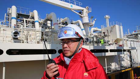 El buque Southern Cross para transporte de gas licuado en Nantong, China, el 15 de enero de 2018.