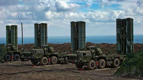 Sistemas antiaéreos rusos S-400 Triumf, foto del archivo.