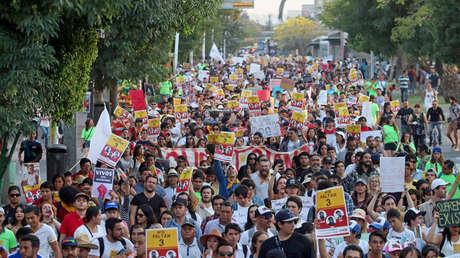 Protesta por la desaparición de tres estudiantes de cine en Guadalajara (México). 24 de marzo de 2018.