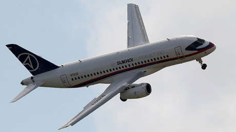El avión ruso Sukhói Superjet 100.