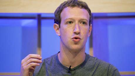 Mark Zuckerberg hablando en Facebook Innovation Hub en Berlín, Alemania, el 25 de febrero de 2016.
