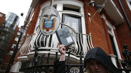 La Embajada de Ecuador en Londres.