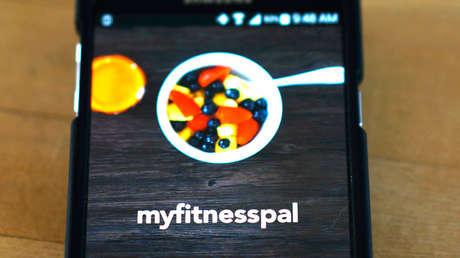 Aplicación MyFitnessPal, ejecutada en un teléfono inteligente.