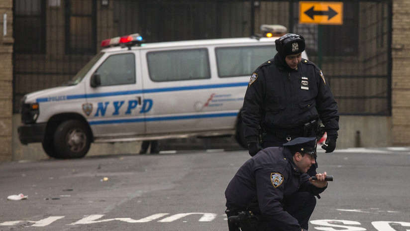 En Nueva York aprueban un proyecto de ley que prohíbe a policías tener sexo con detenidos