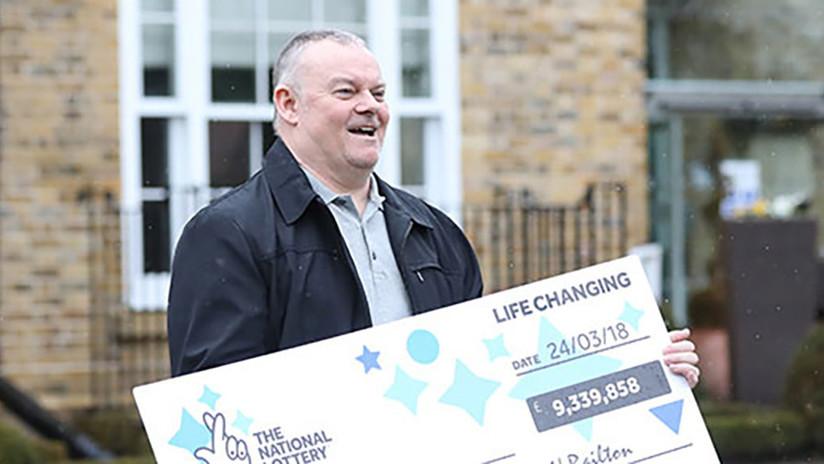 Un británico gana 13 millones de dólares en la lotería y se burla de su expareja