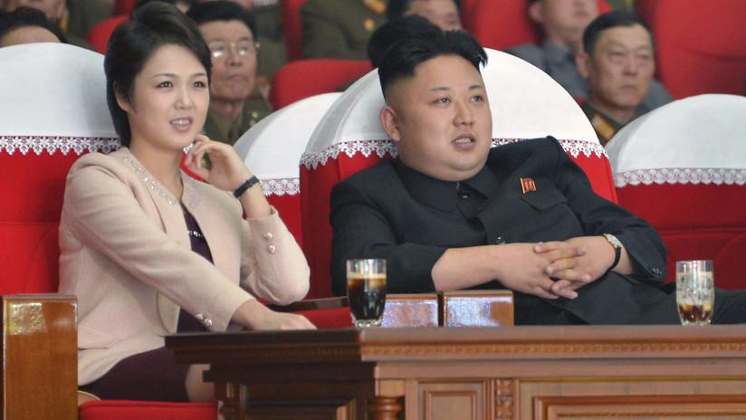 Histórico: Kim Jong-un por primera vez asiste a la actuación de un grupo de arte de Corea del Sur