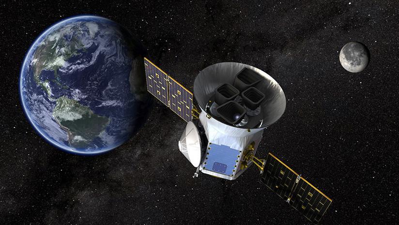 Space X obtiene licencia para lanzar 4.000 satélites y llevar la Red a todo los rincones del planeta