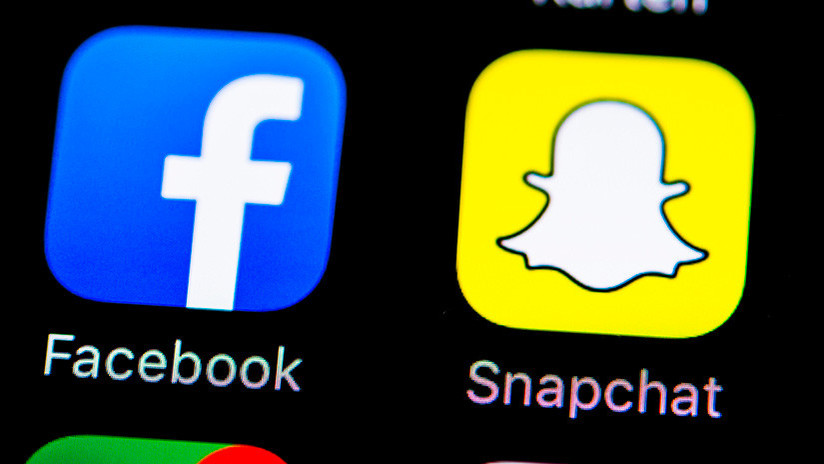 Snapchat trolea a Facebook con un filtro de 'bot ruso'